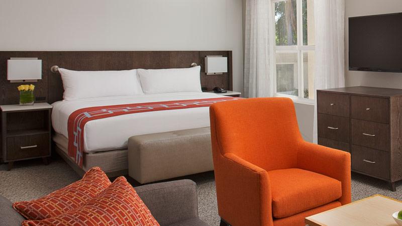 california suite hotel